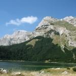 Trnovačko_jezero,_Maglić